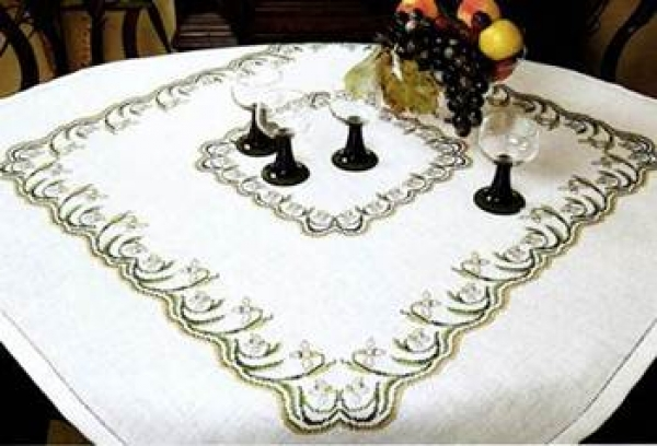 Gloria Tablecloth